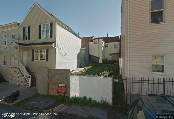 92 THOMPSON STREET Photo 1