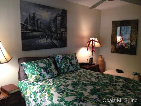 Condominium for Rent at 3525 E Fort Ocala, Florida 34470 United States