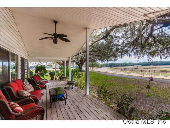 19350 SE 52nd Place, Morriston, FL 32668