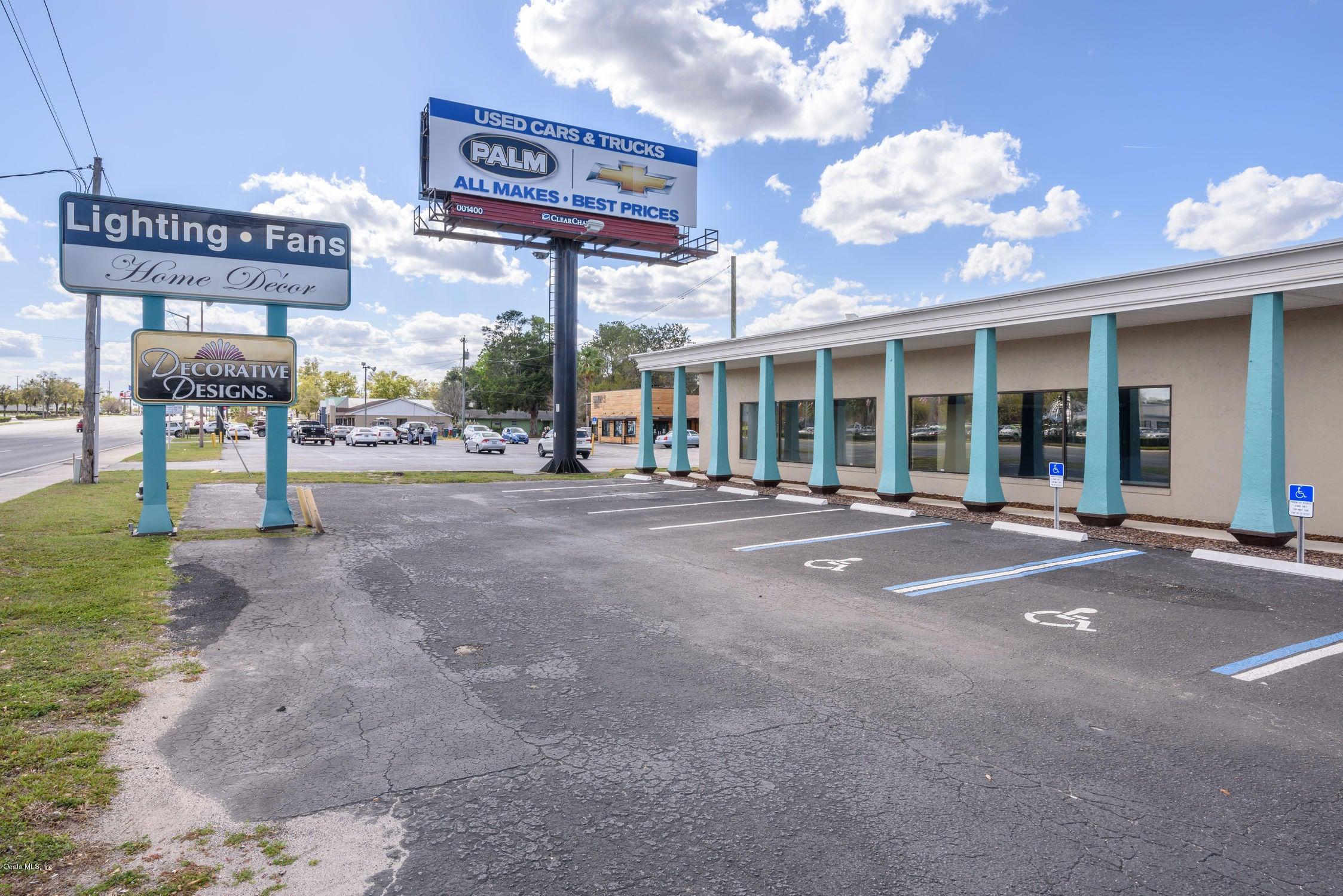 1839 SW College Road, Ocala, FL 34471