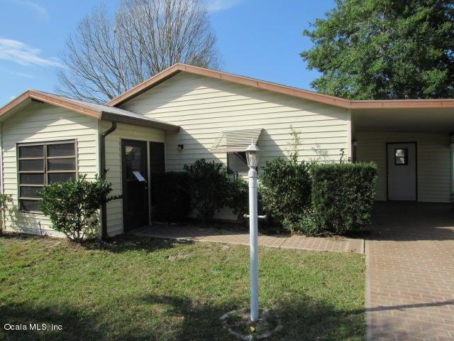 519 Saint Andrews Boulevard, Lady Lake, FL 32159