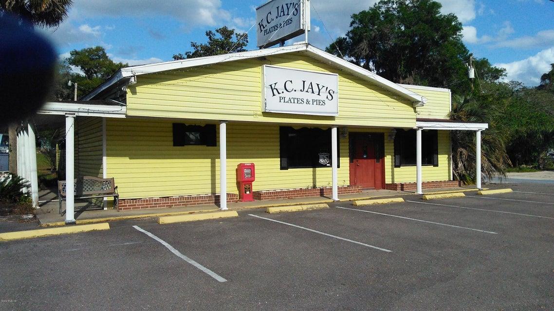 18505 N US HIGHWAY 441, Reddick, FL 32686