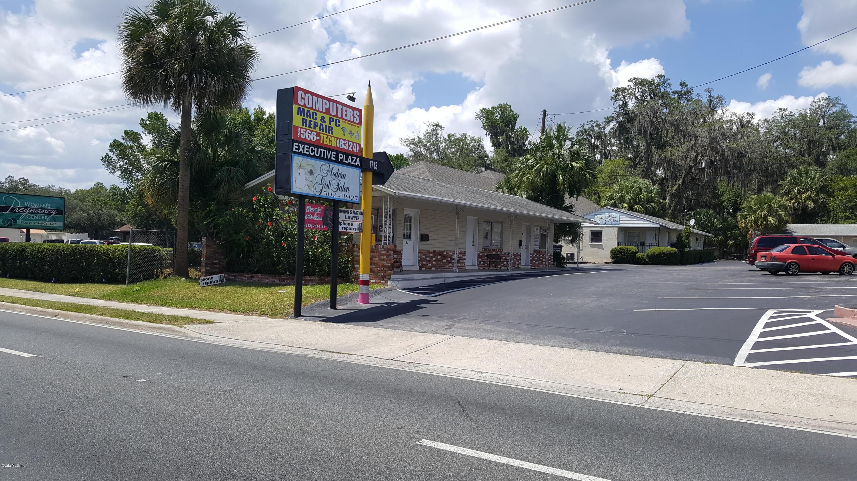 1713 E Silver Springs Boulevard, Ocala, FL 34470