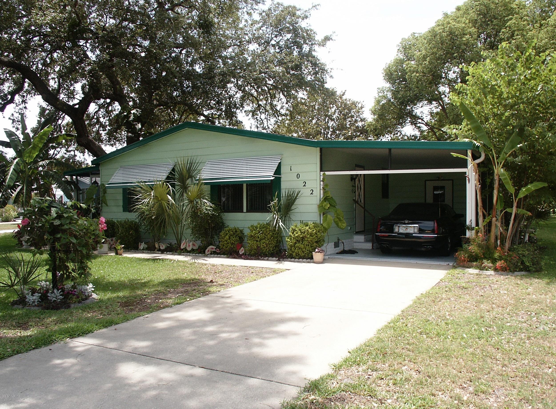 1022 Ann Avenue, Lady Lake, FL 32159