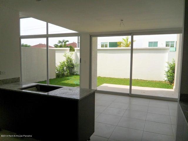PANAMA VIP10, S.A. Casa en Venta en Costa Sur en Panama Código: 14-715 No.2