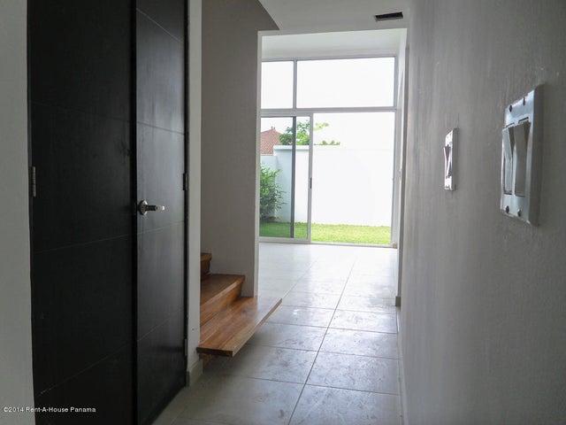 PANAMA VIP10, S.A. Casa en Venta en Costa Sur en Panama Código: 14-714 No.1