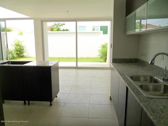PANAMA VIP10, S.A. Casa en Venta en Costa Sur en Panama Código: 14-714 No.3