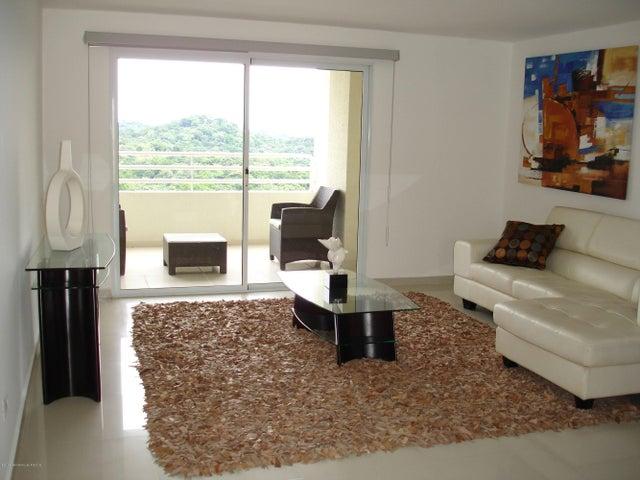 PANAMA VIP10, S.A. Apartamento en Venta en Altos de Panama en Panama Código: 14-482 No.3