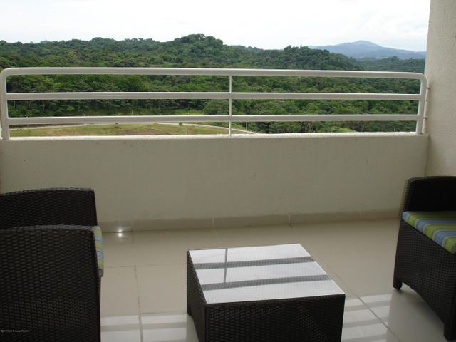 PANAMA VIP10, S.A. Apartamento en Venta en Altos de Panama en Panama Código: 14-482 No.4