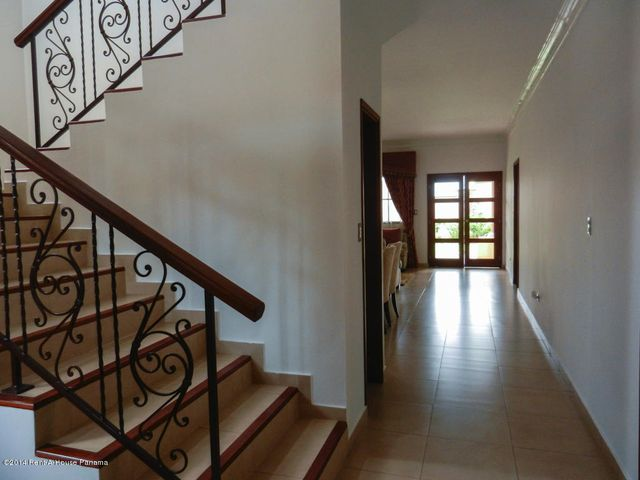PANAMA VIP10, S.A. Casa en Venta en Costa Sur en Panama Código: 14-764 No.4