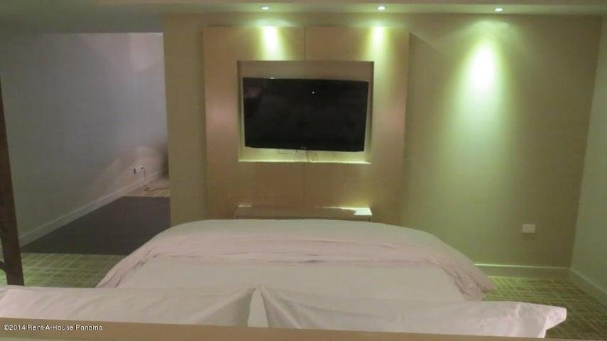 PANAMA VIP10, S.A. Apartamento en Alquiler en Avenida Balboa en Panama Código: 14-1230 No.6