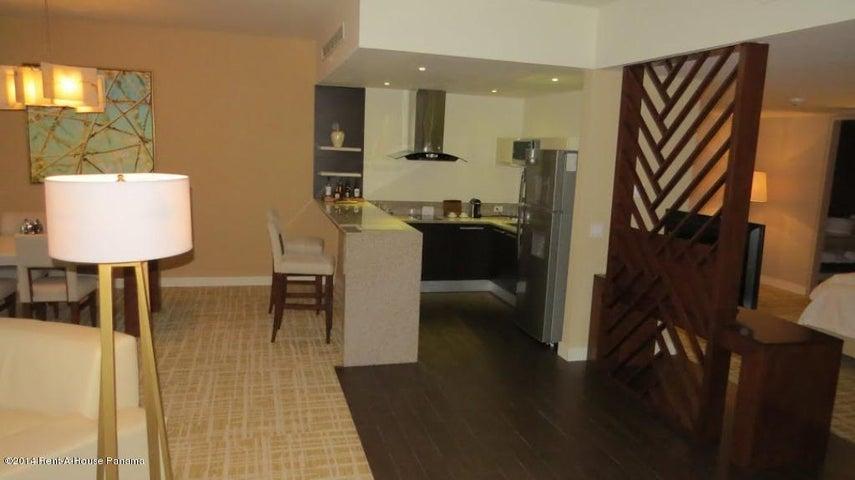PANAMA VIP10, S.A. Apartamento en Alquiler en Avenida Balboa en Panama Código: 14-1230 No.8