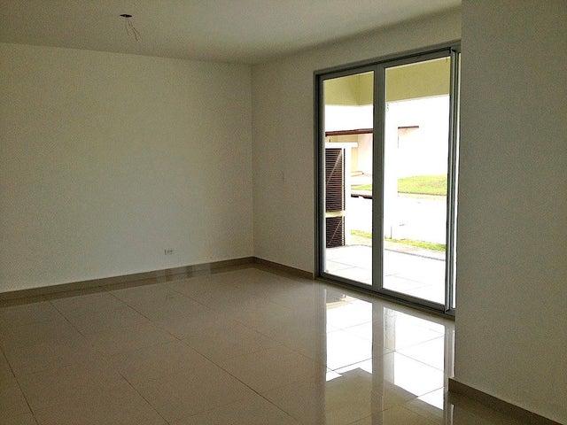PANAMA VIP10, S.A. Casa en Venta en Costa Sur en Panama Código: 15-52 No.2