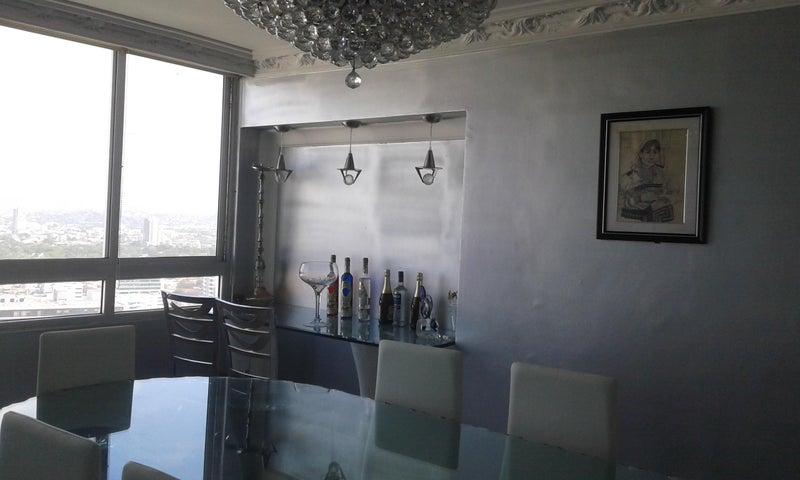 PANAMA VIP10, S.A. Apartamento en Venta en San Francisco en Panama Código: 15-344 No.7