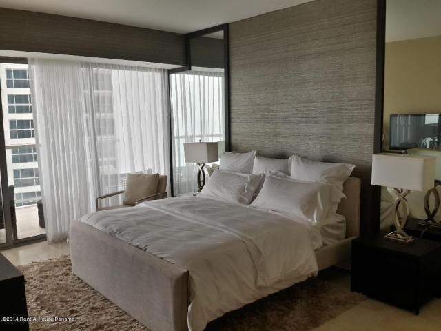 PANAMA VIP10, S.A. Apartamento en Venta en Punta Pacifica en Panama Código: 15-524 No.5