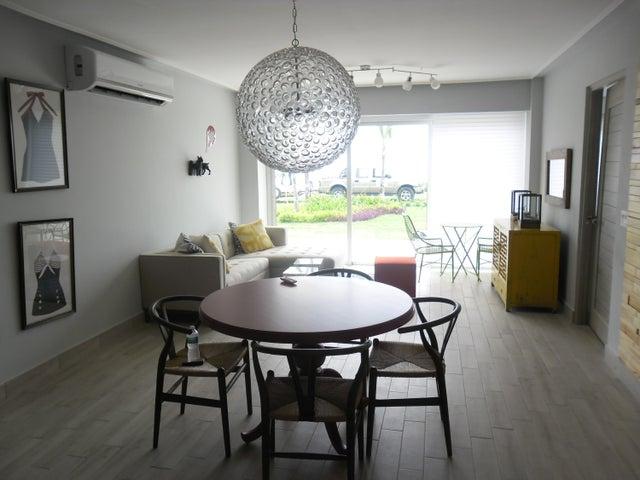 PANAMA VIP10, S.A. Apartamento en Venta en Gorgona en Chame Código: 14-1051 No.1