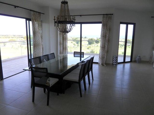 PANAMA VIP10, S.A. Apartamento en Venta en Coronado en Chame Código: 15-699 No.6