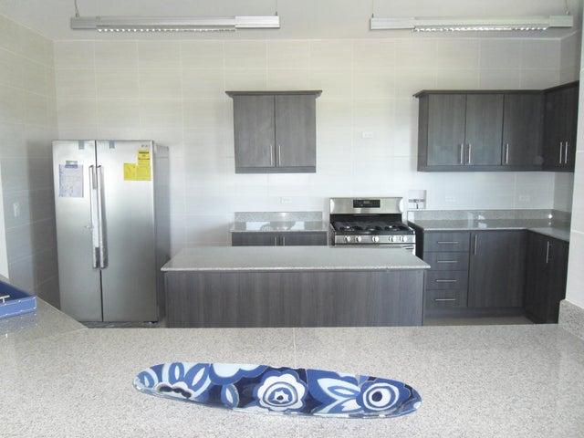 PANAMA VIP10, S.A. Apartamento en Venta en Coronado en Chame Código: 15-699 No.9