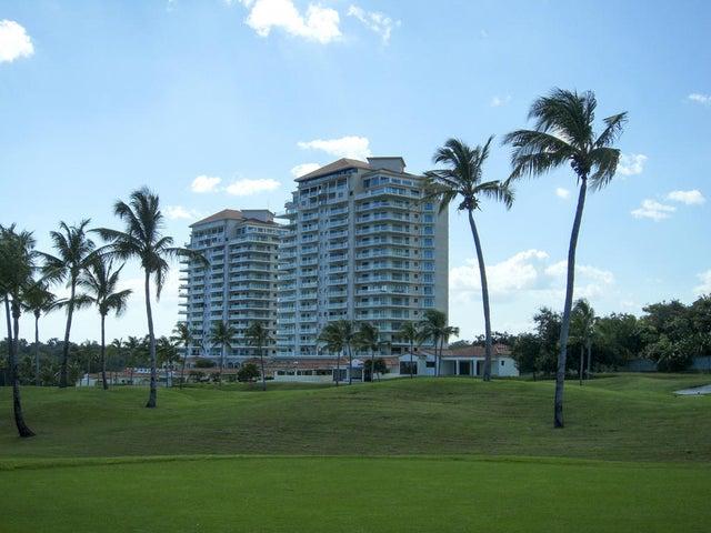 PANAMA VIP10, S.A. Apartamento en Venta en Coronado en Chame Código: 15-699 No.1