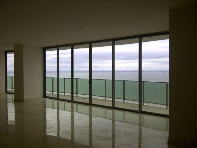 PANAMA VIP10, S.A. Apartamento en Venta en Bellavista en Panama Código: 15-825 No.5