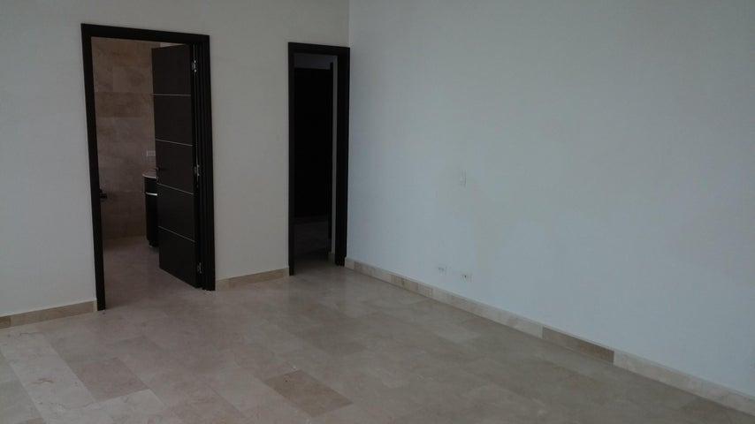PANAMA VIP10, S.A. Apartamento en Venta en Bellavista en Panama Código: 15-825 No.6