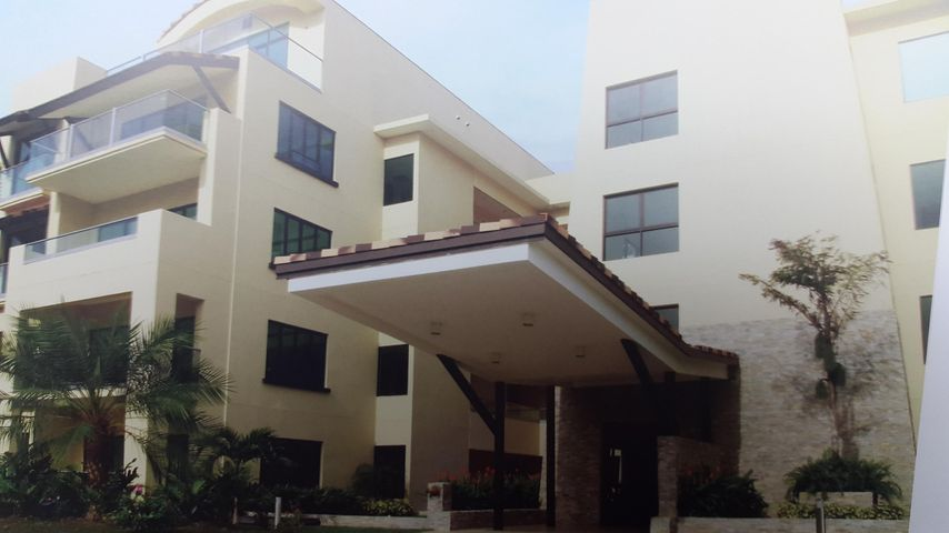 PANAMA VIP10, S.A. Apartamento en Venta en San Carlos en San Carlos Código: 15-723 No.1