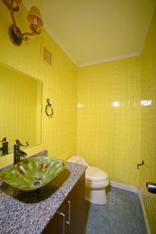 PANAMA VIP10, S.A. Apartamento en Venta en Costa del Este en Panama Código: 15-861 No.2