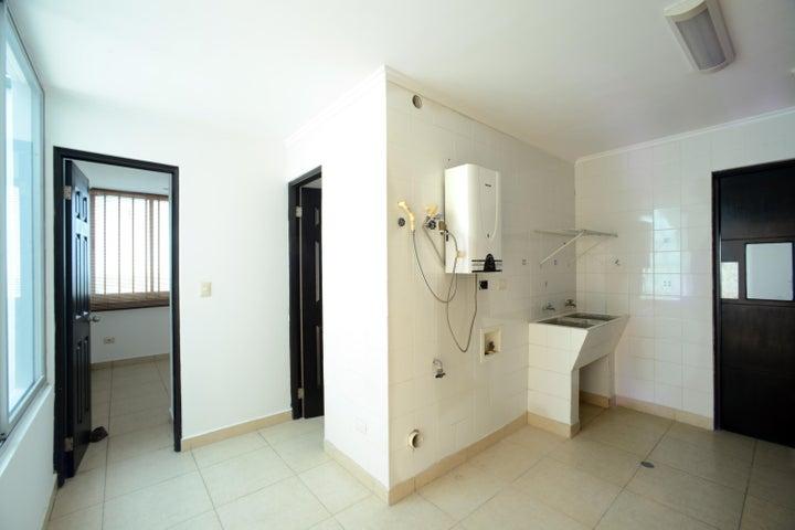 PANAMA VIP10, S.A. Apartamento en Venta en Costa del Este en Panama Código: 15-861 No.4