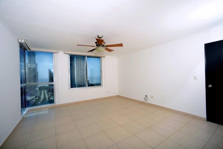 PANAMA VIP10, S.A. Apartamento en Venta en Costa del Este en Panama Código: 15-861 No.7