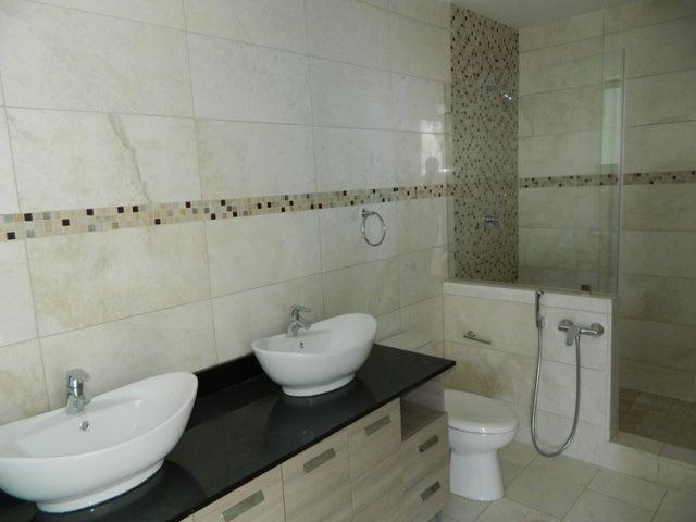 PANAMA VIP10, S.A. Apartamento en Venta en Punta Pacifica en Panama Código: 15-161 No.9