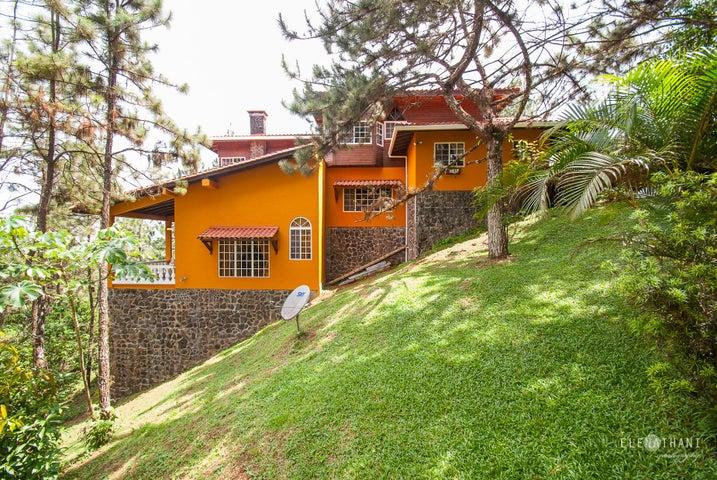 Casa en Venta en Cerro Azul