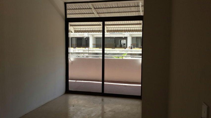 PANAMA VIP10, S.A. Apartamento en Venta en Obarrio en Panama Código: 15-2469 No.6