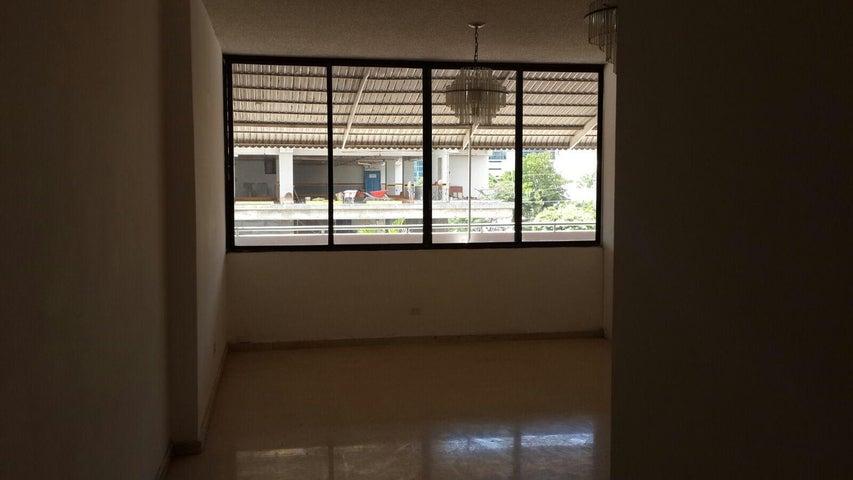 PANAMA VIP10, S.A. Apartamento en Venta en Obarrio en Panama Código: 15-2469 No.8