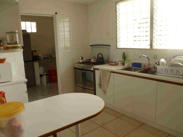 PANAMA VIP10, S.A. Casa en Venta en Brisas Del Golf en Panama Código: 15-2727 No.5
