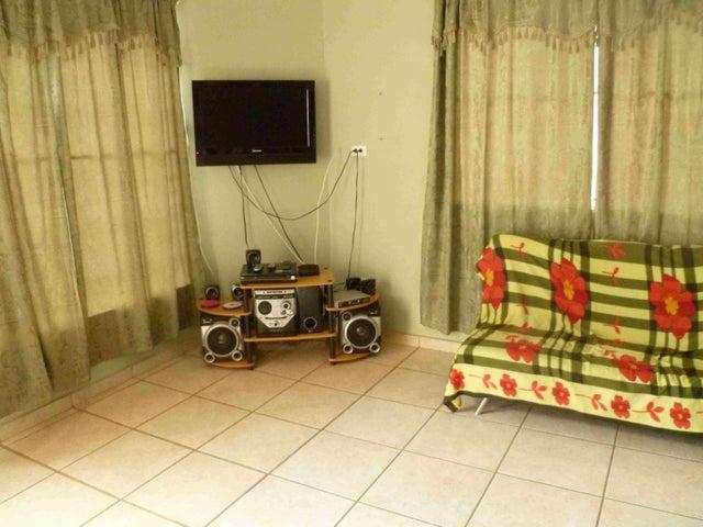 PANAMA VIP10, S.A. Casa en Venta en Brisas Del Golf en Panama Código: 15-2727 No.4