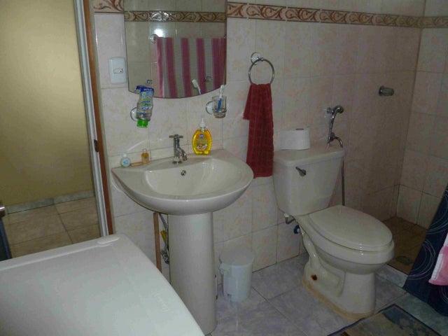 PANAMA VIP10, S.A. Casa en Venta en Brisas Del Golf en Panama Código: 15-2727 No.9