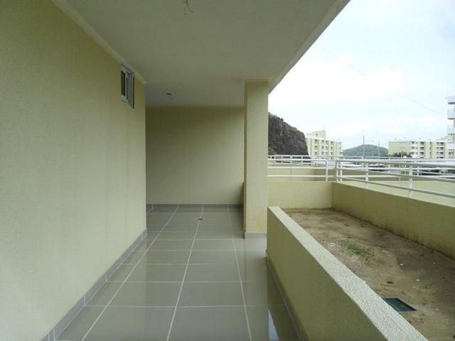 PANAMA VIP10, S.A. Apartamento en Venta en Altos de Panama en Panama Código: 15-1504 No.8
