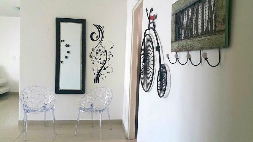 PANAMA VIP10, S.A. Apartamento en Venta en Costa del Este en Panama Código: 15-146 No.3