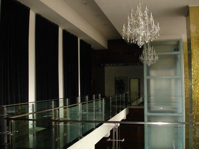 PANAMA VIP10, S.A. Apartamento en Venta en Obarrio en Panama Código: 15-3480 No.3