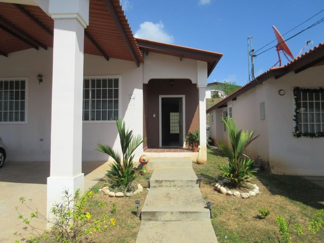 PANAMA VIP10, S.A. Casa en Venta en Arraijan en Panama Oeste Código: 16-64 No.1