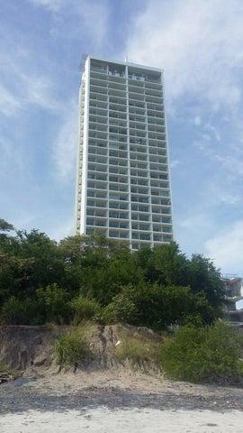 ODOARDO ENRIQUE MARTINEZ Apartamento En Venta En San Carlos Código: 16-83