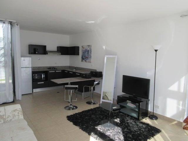 Apartamento En Venta En Coronado Código FLEX: 16-92 No.1