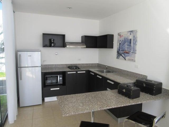 Apartamento En Venta En Coronado Código FLEX: 16-92 No.2