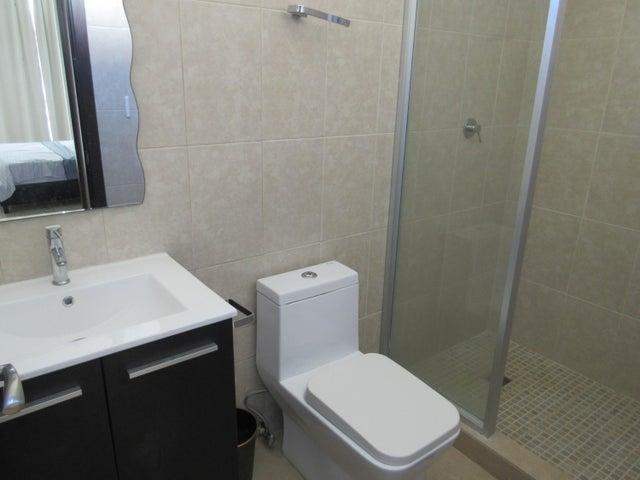 Apartamento En Venta En Coronado Código FLEX: 16-92 No.7