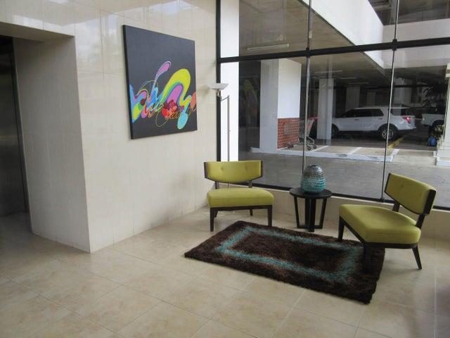 PANAMA VIP10, S.A. Apartamento en Venta en San Francisco en Panama Código: 16-122 No.4