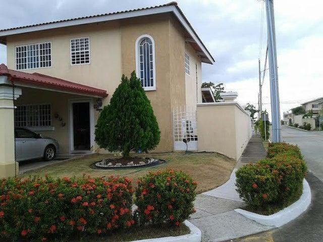 PANAMA VIP10, S.A. Casa en Venta en Brisas Del Golf en Panama Código: 16-403 No.1