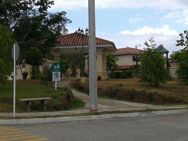 PANAMA VIP10, S.A. Casa en Venta en Brisas Del Golf en Panama Código: 16-403 No.2