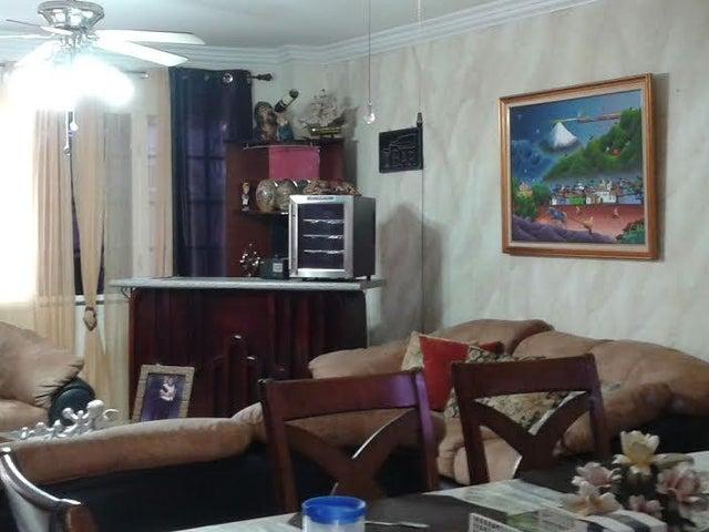 PANAMA VIP10, S.A. Casa en Venta en Brisas Del Golf en Panama Código: 16-403 No.4
