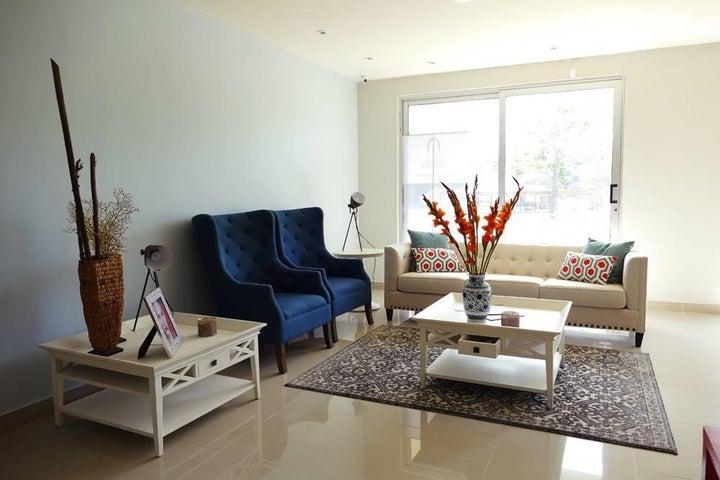 PANAMA VIP10, S.A. Apartamento en Venta en Coronado en Chame Código: 15-55 No.2