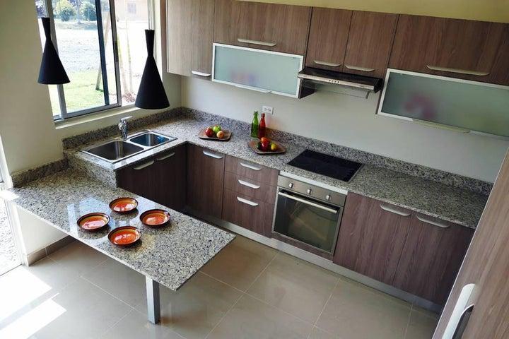 PANAMA VIP10, S.A. Apartamento en Venta en Coronado en Chame Código: 15-55 No.8
